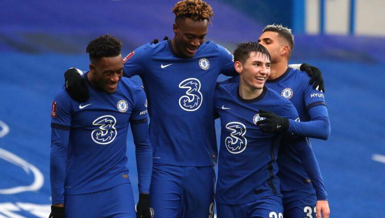 Abraham, do Chelsea, marca três gols na vitória da FA Cup sobre Luton