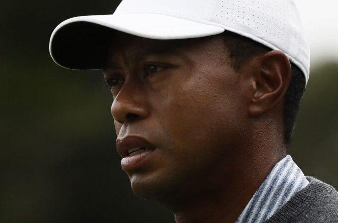 Tiger Woods em cirurgia após acidente de carro, diz Departamento do Xerife do Condado de LA