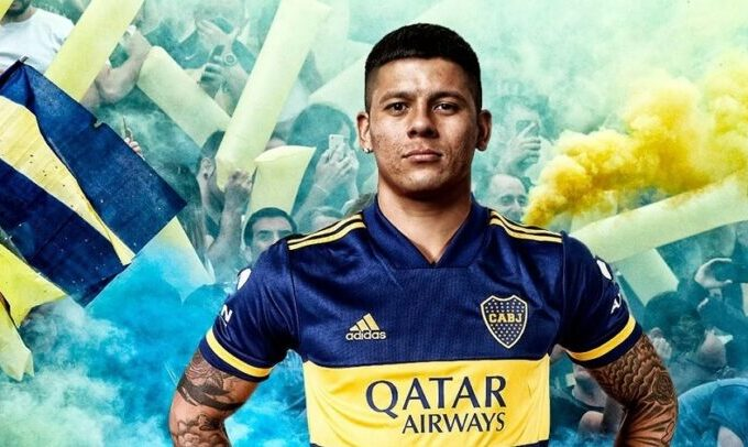 O defesa do Manchester United, Marcos Rojo, junta-se ao Boca Juniors
