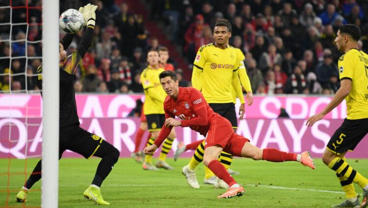 """""""Hat- Trick de Lewandowski"""" na notável recuperação da fase de Bayern contra o Dortmund"""