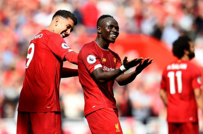 Mane ajuda o Liverpool a vencer o Palace e termina em terceiro