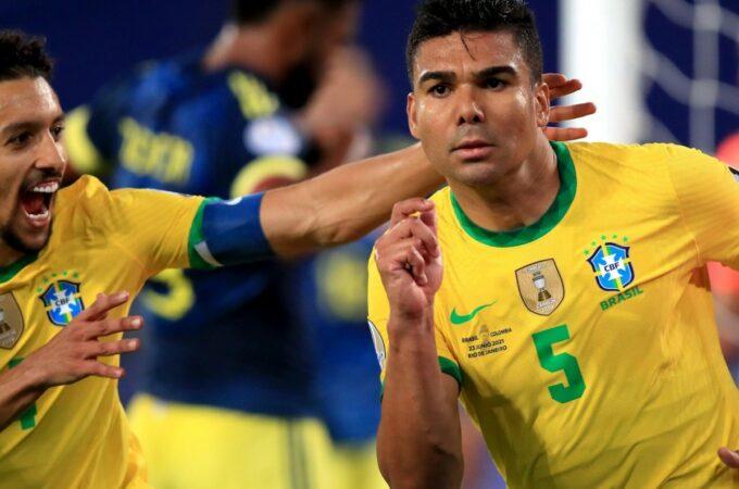 Casemiro marcou nos descontos para dar ao anfitrião Brasil uma vitória controversa sobre a Colômbia na Copa América