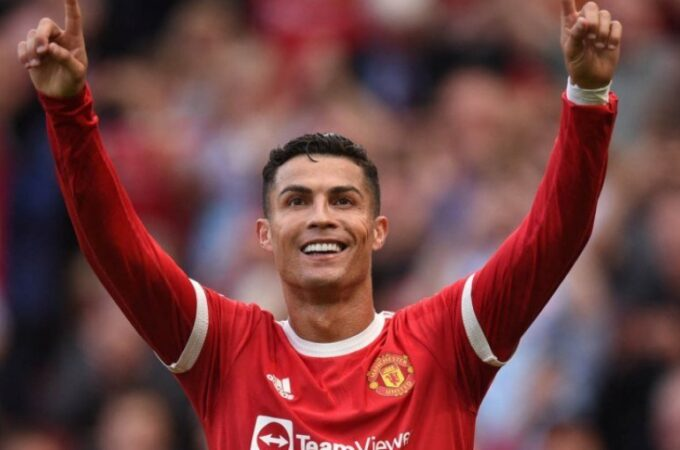 Cristiano Ronaldo: O ex-chefe do Man Utd, Sir Alex Ferguson, diz 'comece seus melhores jogadores'